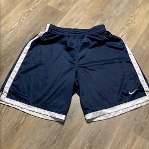🔥Nike Men's Shorts Sz L🔥